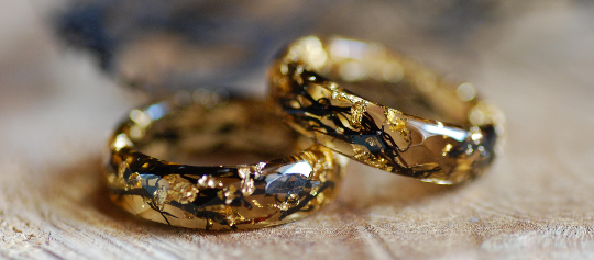deep gold color gold flakes and algae resin ring
